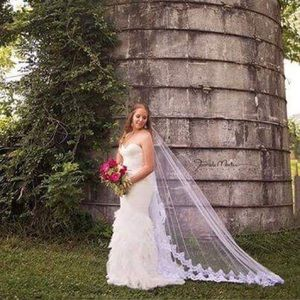 Dresses & Skirts - Trumpet wedding gown